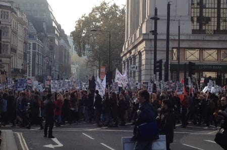demonstrators-on-london-stree_450