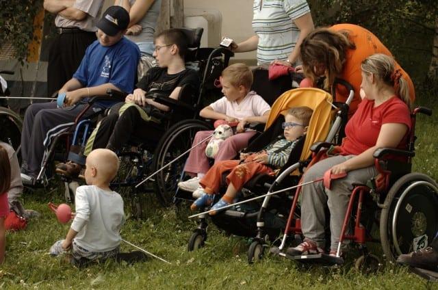 disabled-children-640x424
