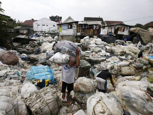 pg-4-world-poverty-1-epa