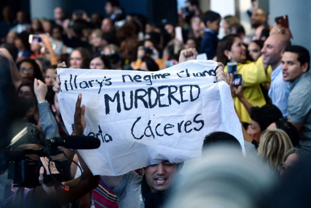 Why-this-protester-is-blaming-Clinton-for-the-murder-of-a-Honduran-activist
